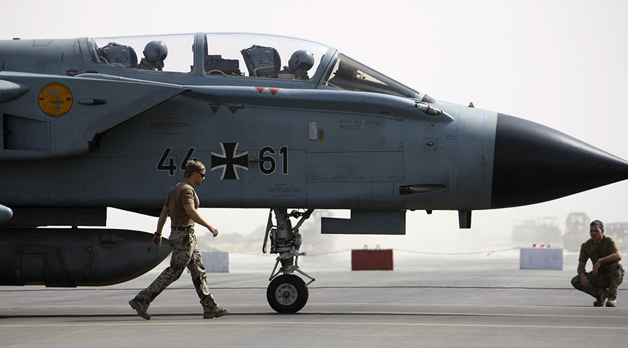 Berlin considers Boeing fighters as firm's trade row with UK & Canada deepens