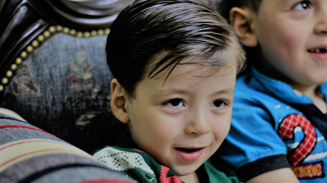 Omran Daqneesh, still living in liberated Aleppo, under the control of the Syrian government. A happy, well-adjusted little boy. © Vanessa Beeley