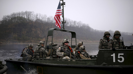 FILE PHOTO U.S. army soldiers take part in a U.S.-South Korea joint river-crossing exercise near the demilitarized zone separating the two Koreas in Yeoncheon, South Korea © Kim Hong-Ji