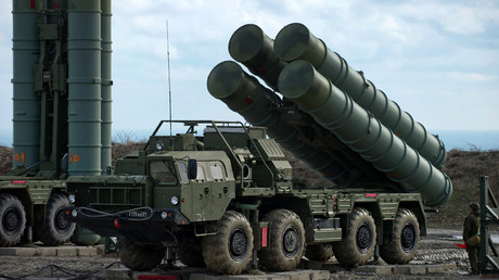 Anti-aircraft defense system S-400 Triumph of an air defense regiment © Sergey Malgavko