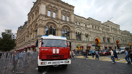 A firetruck near GUM department store, Moscow. Security services verify memos on bombs being placed in buildings and shopping malls, Moscow © Sergey Pyatakov