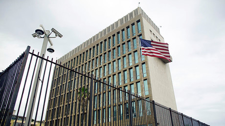 An exterior view of the U.S. Embassy is seen in Havana, Cuba. © Alexandre Meneghini