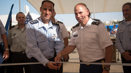 Israel Air Force Brig. Gen. Zvika Haimovich(L) with U.S. Army Maj. Gen. John Gronski(R) at the ground-breaking ceremony for the new permanent U.S. Army base in Israel © Israel Defense Forces