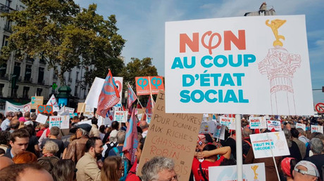 'Against social coup': French take to streets in defiance of newly-signed labor reform (VIDEO)