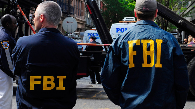 FBI must work undercover with ISIS, even during attacks, to climb group's ranks - criminal attorney
