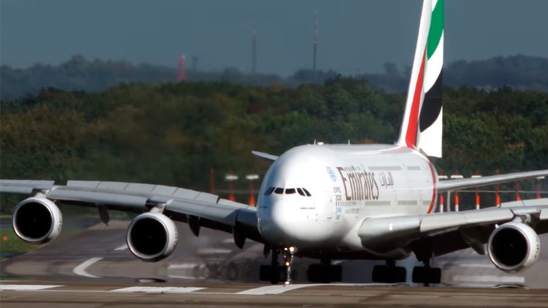 Plane struggles to stay on runway in Germany after landing in extreme winds (VIDEO)