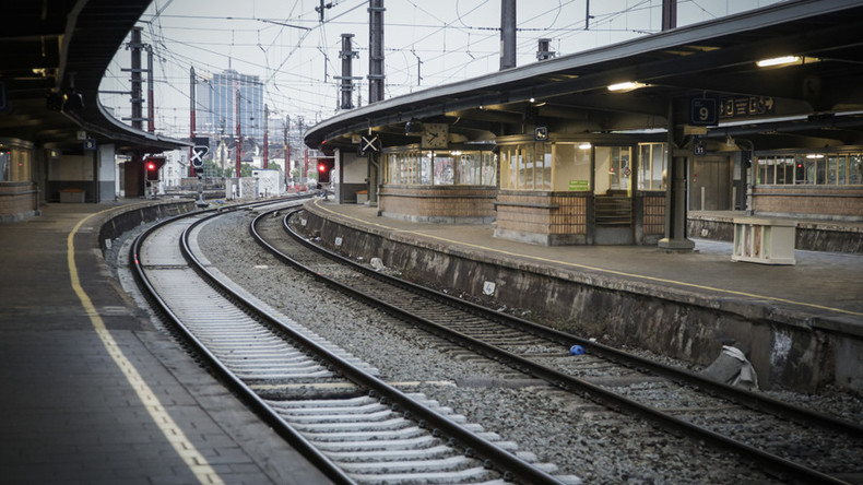 Knife-wielding man reportedly shouting 'Allahu Akbar' sows panic on train in Belgium before arrest