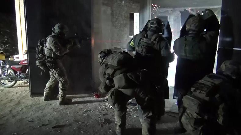 Terrorist recruiters set to get life sentences after Duma committee approves bill amendments