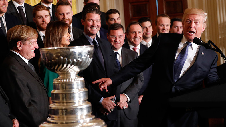Donald Trump welcomes Stanley Cup-retaining Penguins to White House as 'incredible patriots'