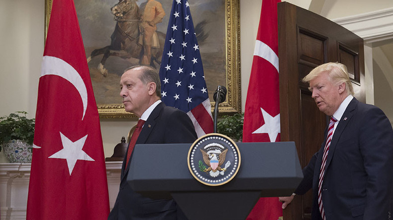 Gulen & Kurds core issues behind Turkey-US rift, not consulate worker's arrest – analysts to RT