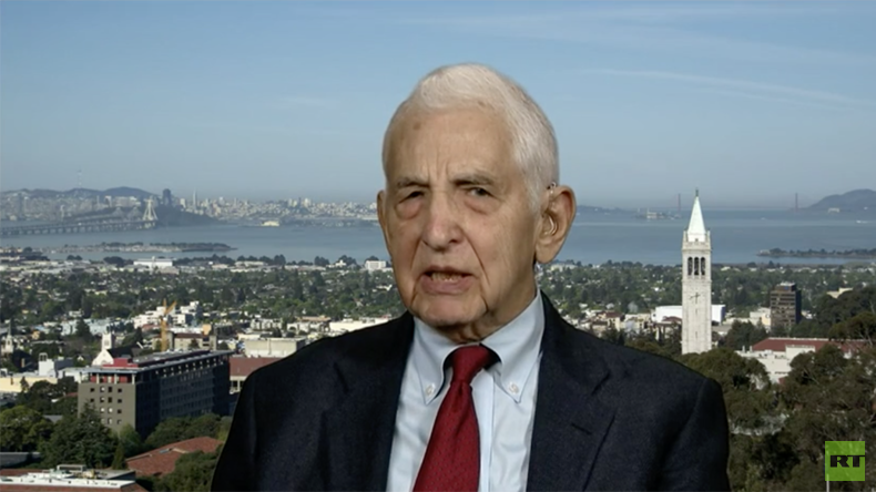 Daniel Ellsberg calls on whistleblowers to leak info on Afghanistan, Iraq & North Korea