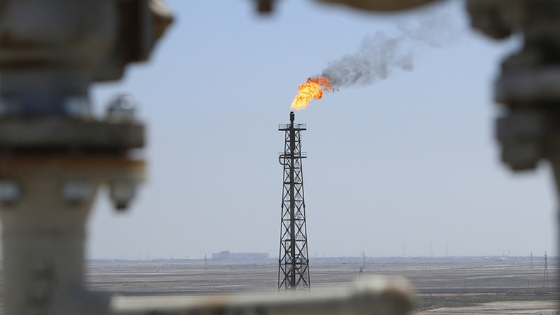 Russia rebuilds Iraq's energy sector in areas freed from ISIS miltants (VIDEO)
