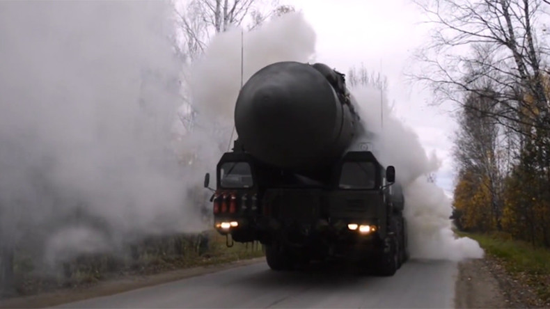 Russian military scrambles 'Yars' ICBM launchers during war games (VIDEO)