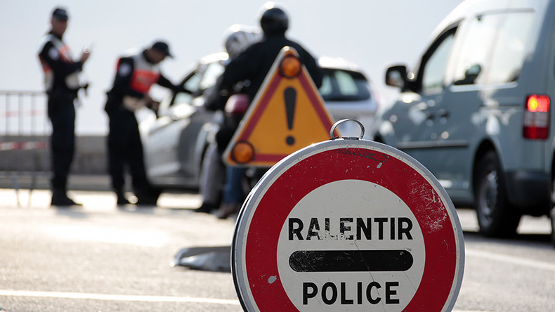 France to extend border checks due to 'persistent' terror threat