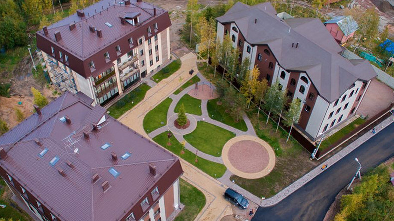 Alcohol-free, vegetarian apartment complex springs up in St. Petersburg  %Post Title