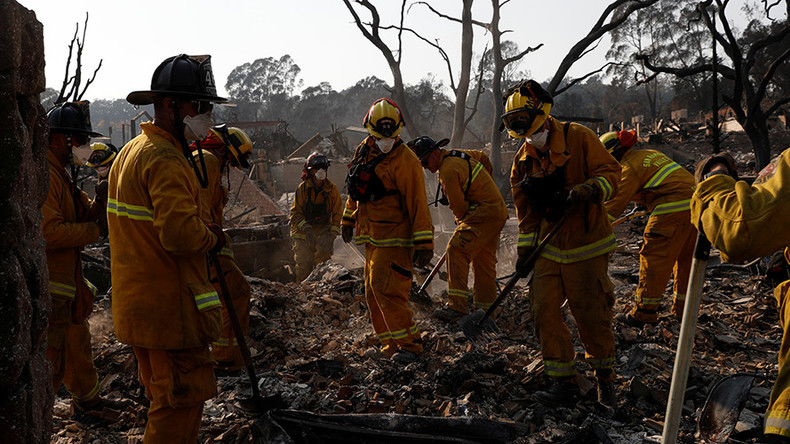 California wildfires: Firefighters make progress in containment ahead of 'dangerous' winds