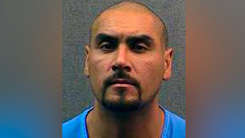 Inmate escapes from firefighting crew battling S. California's Canyon Fire 2