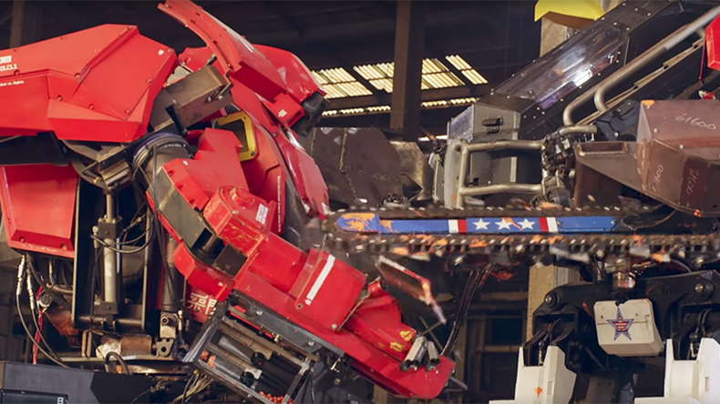 US goes to war with Japan in savage giant robot battle (VIDEO)