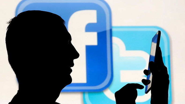 Bi-partisan Senate bill regulates political ads for 'honesty' on social media