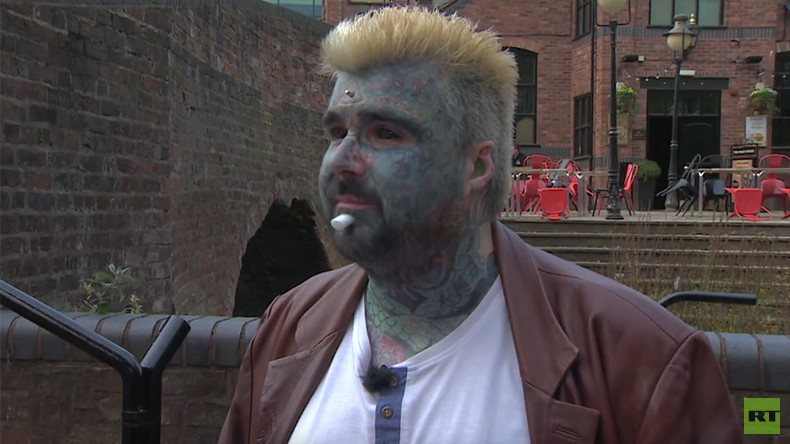 'I am not a victim': Britain's most tattooed man wants all extreme body mods legalized (VIDEO)