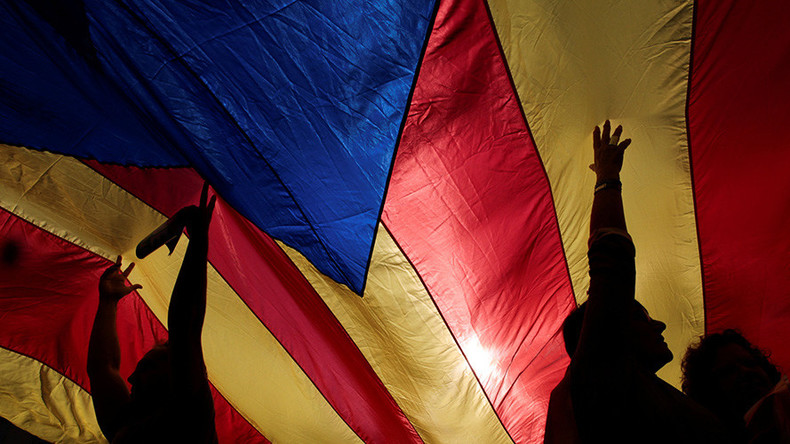 Pro-independence Catalans call for 'mass civil disobedience'