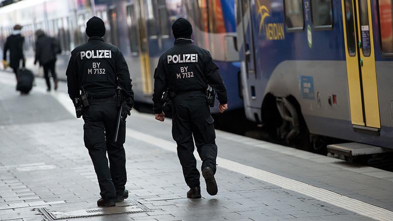 Xenophobic assault: Nazi-saluting German 31yo beats up 15yo Afghan boy
