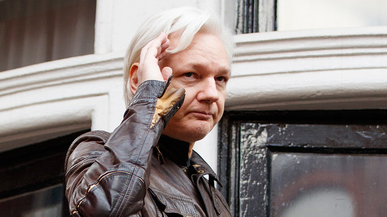 Trump 'data guru' emailed Assange; so what?