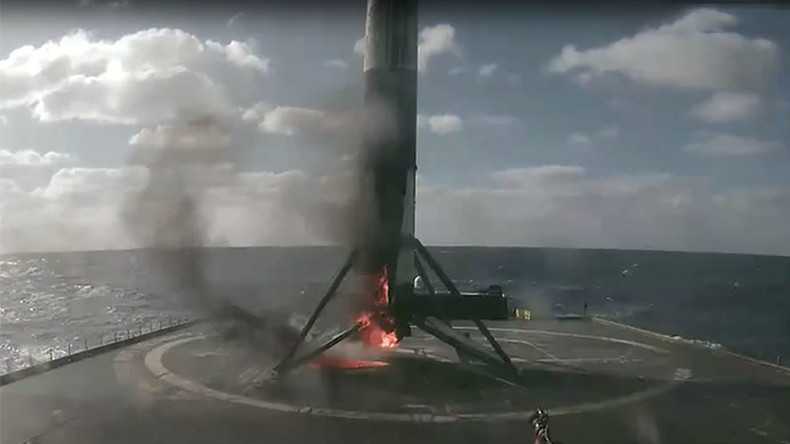 Space X Falcon 9 catches fire in dramatic Atlantic landing (VIDEO)