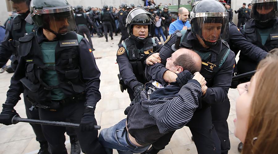 Barcelona mayor: Over 460 injured, police must stop attacking 'defenseless population'