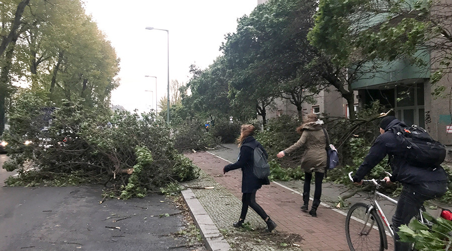 6 people killed in powerful storm in Germany (PHOTOS, VIDEOS)
