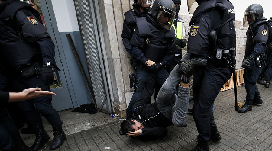 Catalonia crisis: Council of Europe demands Spanish probe into 'police violence'