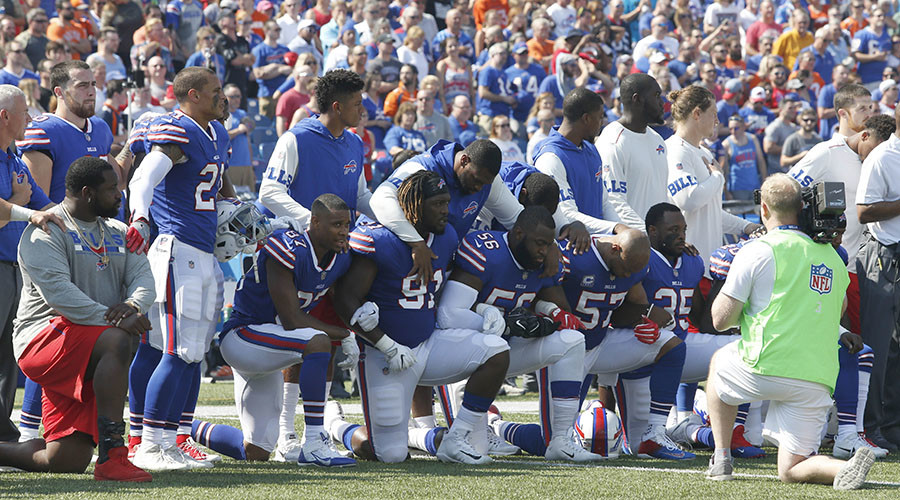 Trump calls for tax changes for NFL following national anthem protests