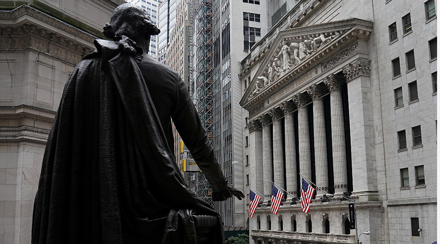 Nobel Prize winner 'nervous' about surging US stock market