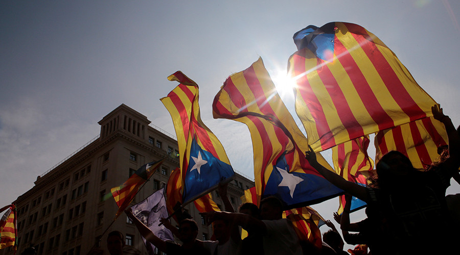 'Yes or no?' Madrid vows to 'take action' unless Catalonia clarifies independence declaration