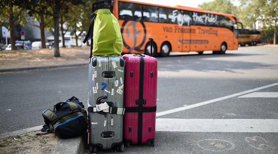 The Case of the Thief in a Case: Man hides in bag to steal from airport bus