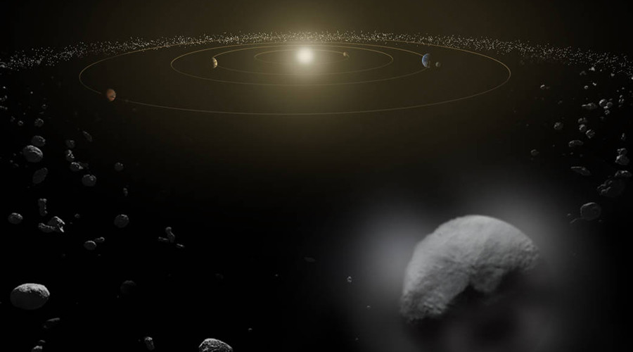 Interstellar traveler: Speeding space rock is first to be seen in our solar system