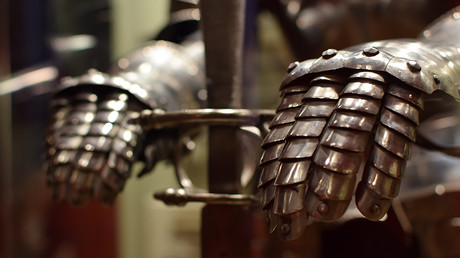 Archaeologists seeking beer unearth Viking treasure trove (PHOTOS)