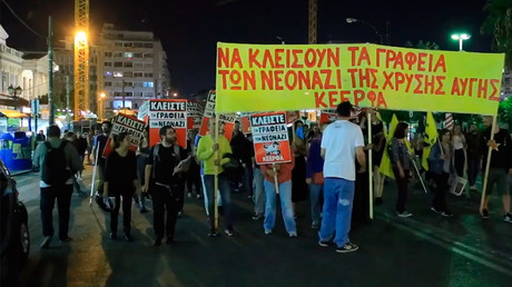 Anti-fascists protest new office of Greek far-right Golden Dawn (VIDEO)