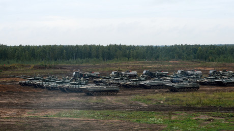 Military equipment at the range in the Minsk region at the Russia-Belarus Zapad 2017 on September 20. © Evgeny Biyatov