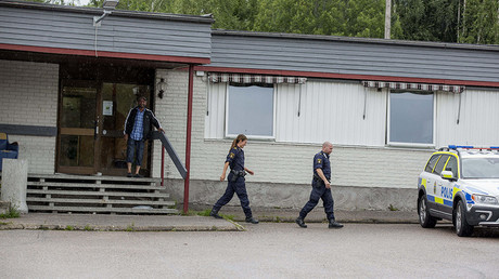 Police at the accomomodation for asylum seekers in Sweden © Global Look Press