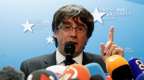 Sacked Catalan leader Carles Puigdemont attends a news conference at the Press Club Brussels Europe in Brussels, Belgium, October 31, 2017. © Reuters