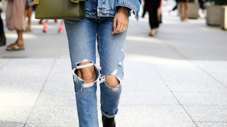 Egyptian lawyer says it's 'national duty' to rape women in ripped jeans, sparking fury