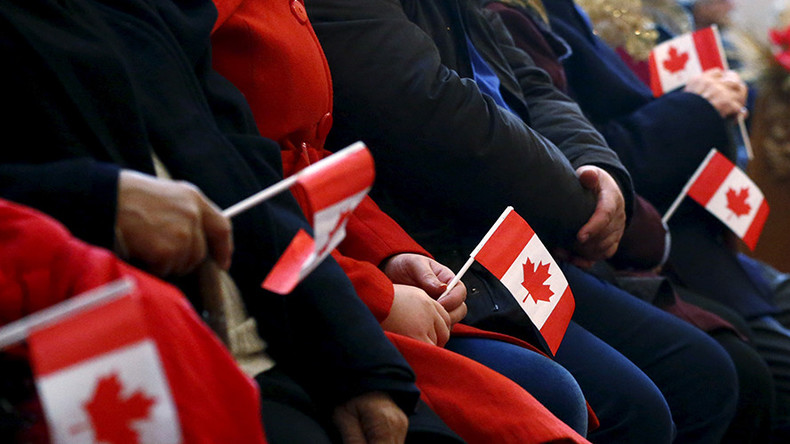 Canada to admit nearly 1mn immigrants by 2020 to 'prosper & grow'