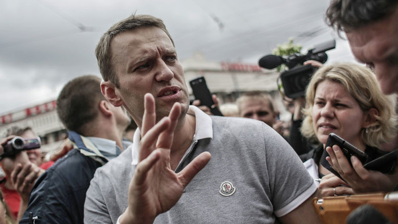 Navalny files in lawsuit against Putin over rally ban