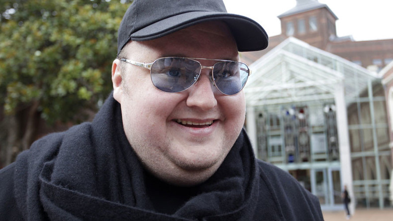 Kim Dotcom makes police pay heavy price for 'military-style' dawn raid