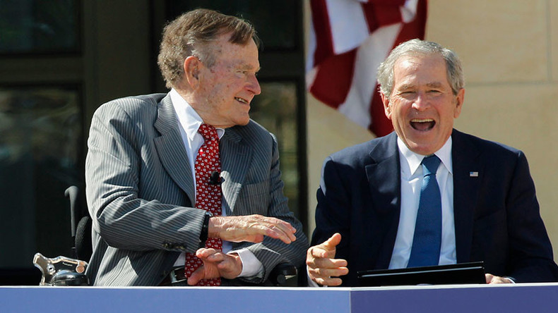 'I don't like him': Bush presidents, Sr & Jr, lash out at 'blowhard' Trump