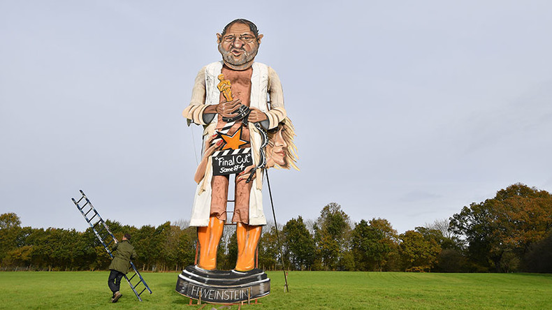 Giant Weinstein effigy goes up in flames in Guy Fawkes celebrations (VIDEO)