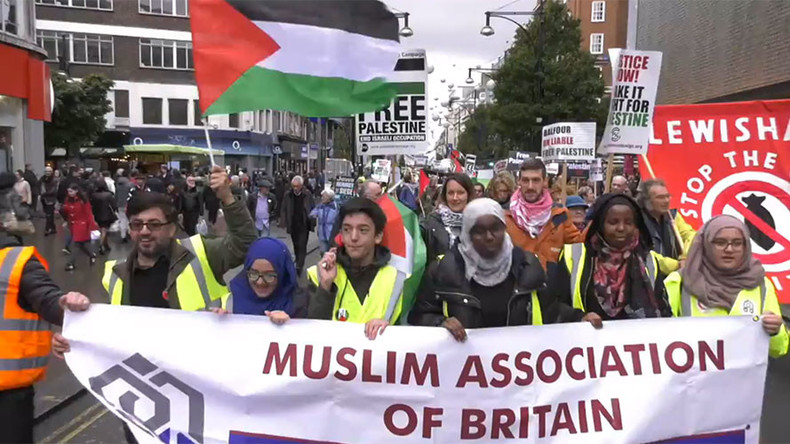 Pro-Palestine, pro-Israel marchers face off in London on Balfour Declaration anniversary (VIDEO)