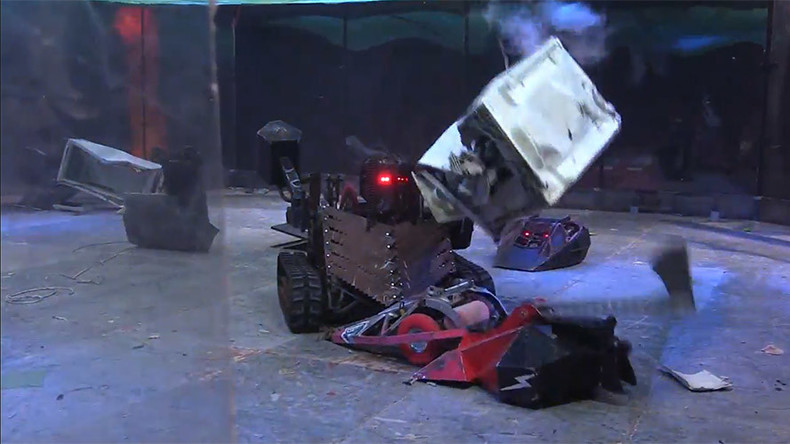 Gladiators of steel: Russian & British robots destroy each other in St. Pete arena (VIDEO)