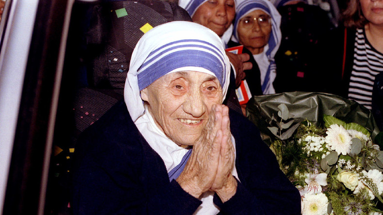 'Cashed-up' Mother Teresa kept Vatican Bank afloat – journalist